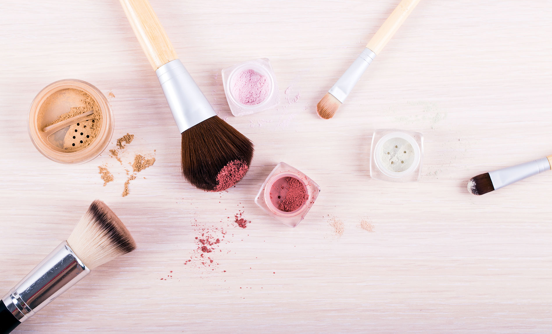 love-your-makeup-brushes